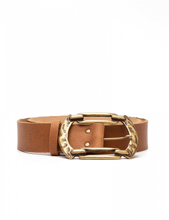 Connection leather belt tanned