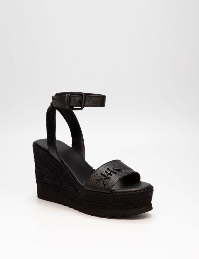 KK Prismatic platforms black