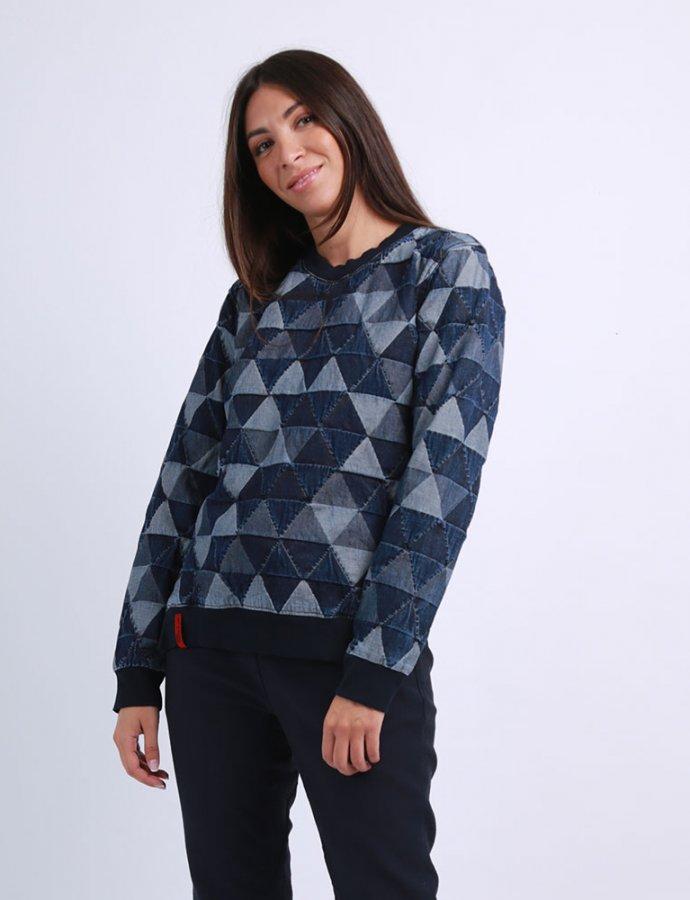 Faye triangle top